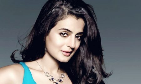 ameesha-patel-wallpaper