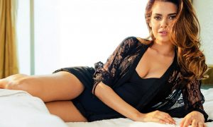 esha-gupta-photoshoot
