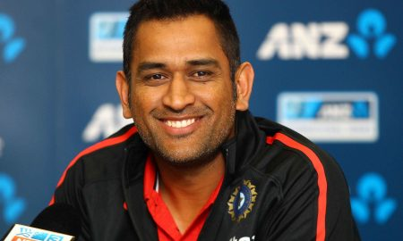 dhoni-happy-at-speech-given-nice-picture