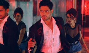 get-ready-witness-sexiest-action-song-bandook-meri-laila-gentleman-sundar-susheel-risky-0002