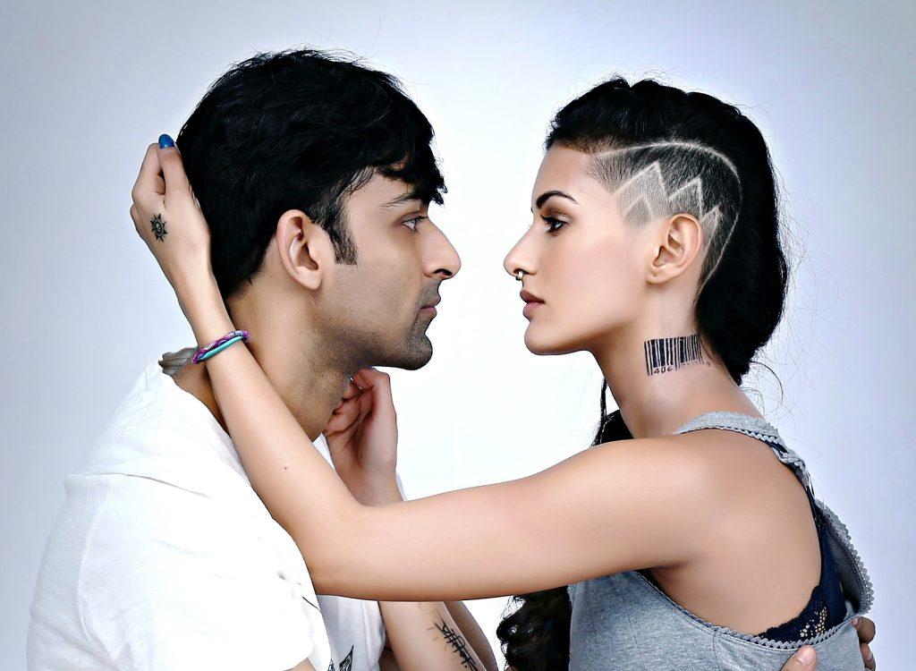 Anirudh Tanwar & Amyra Dastur