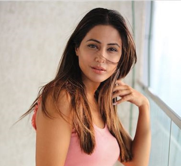 image-1-hina-khan-plays-by-the-rules-and-gets-immunity