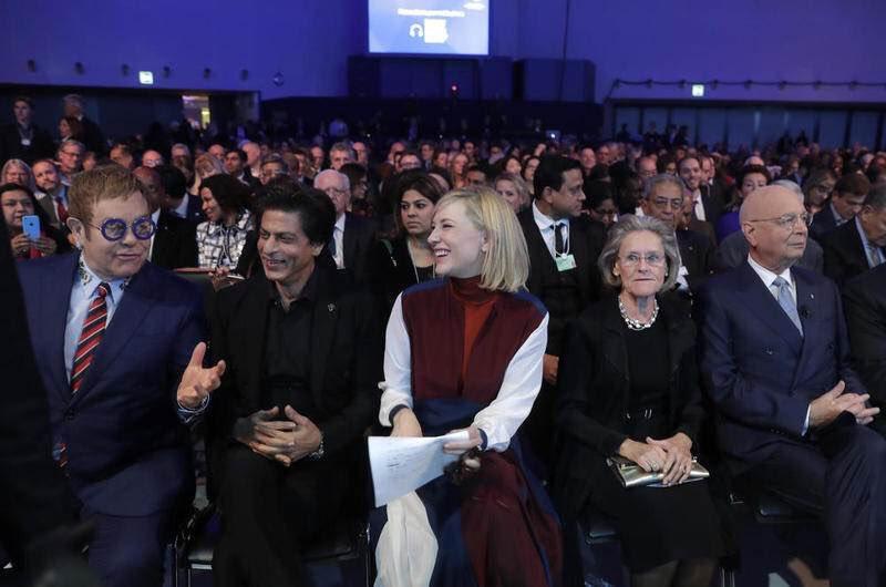 srk-in-davos-crystal-award