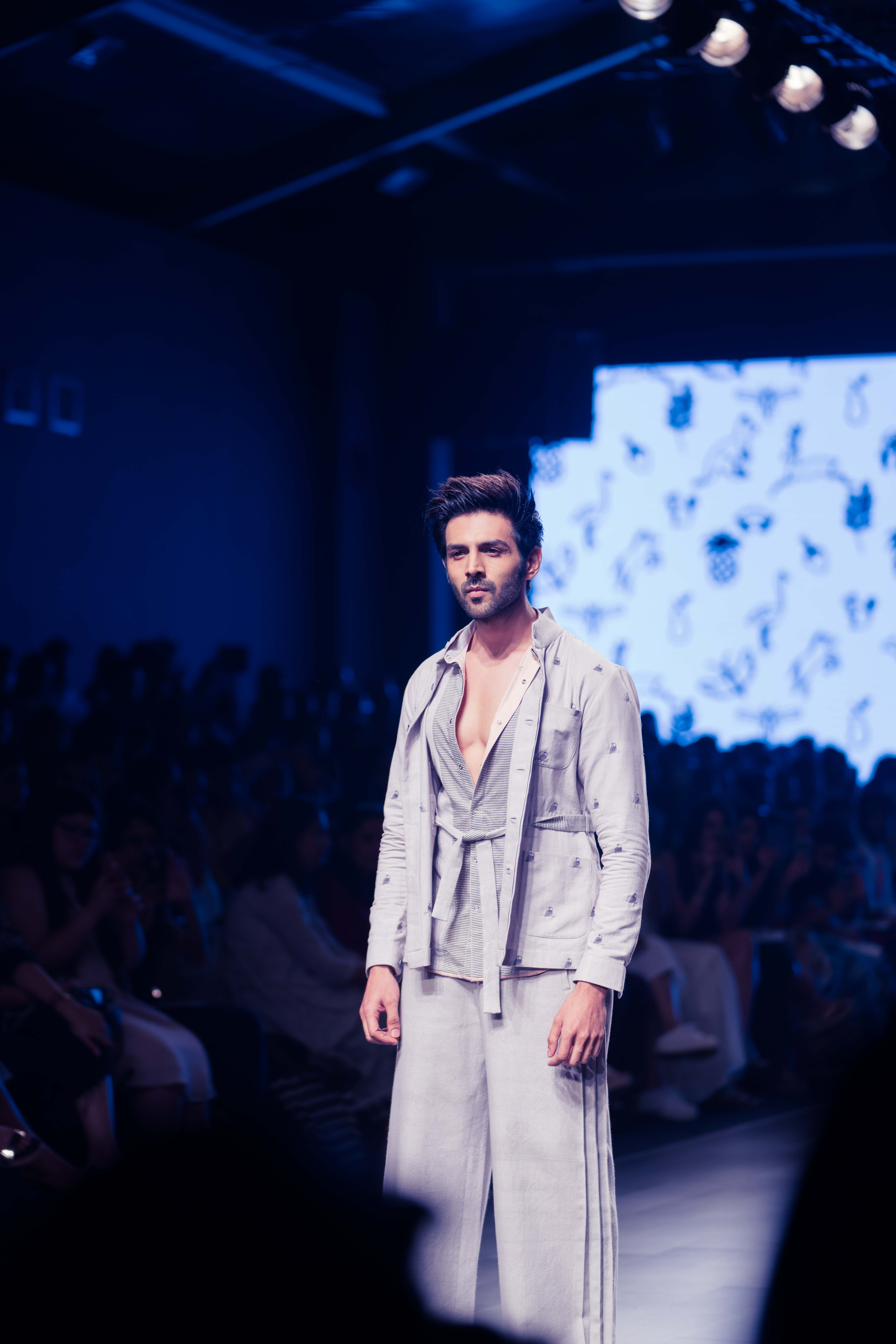 Kartik Aaryan As A Showstopper At LFW