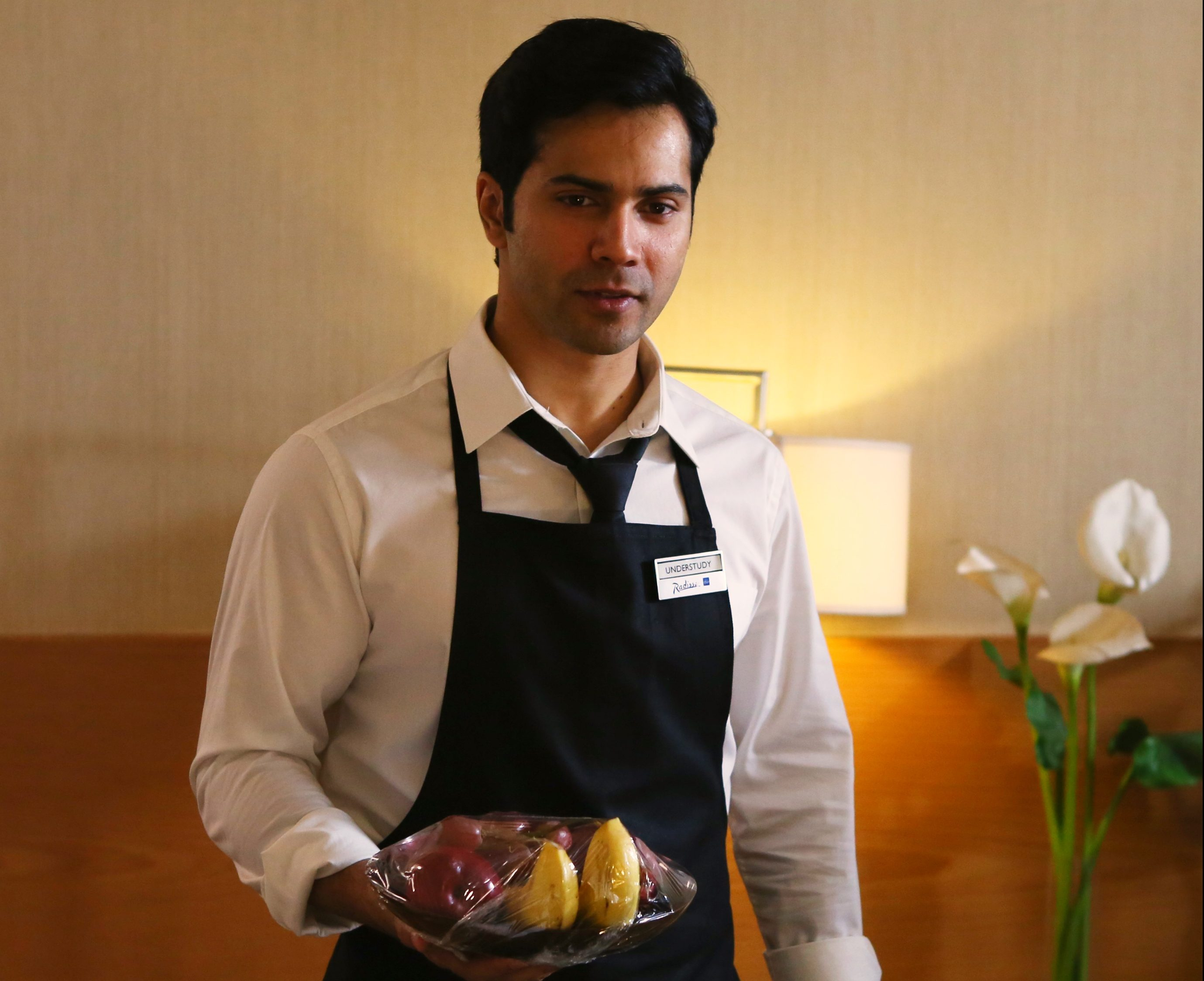 Varun Dhawan Was Mistaken For A Hotel Employee By A Tourist