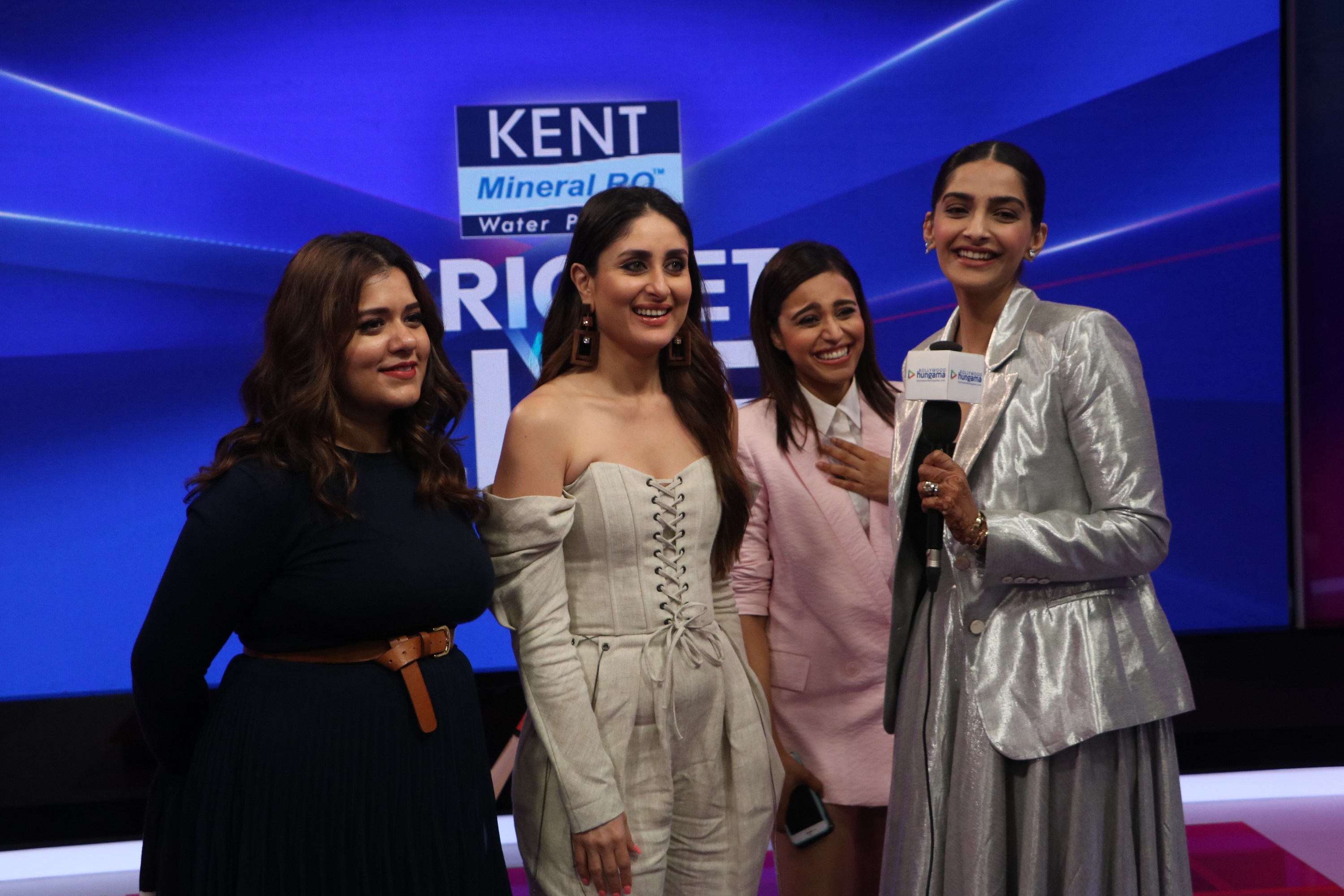 shikha-talsania-kareena-kapoor-khan-swara-bhaskar-and-sonam-kapoor-at-kent-cricket-live-on-star-sports-network