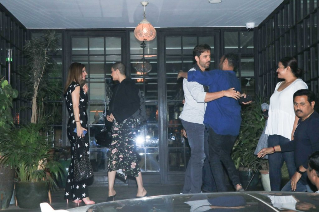 hrithik-roshan-birthday-celebration-7