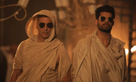 Akshay Kumar and Karan Kapadia in Blank