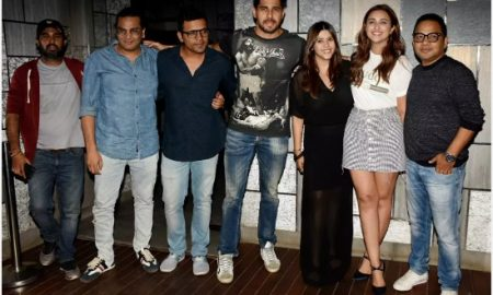Team Jabariya Jodi at the film's wrap up party