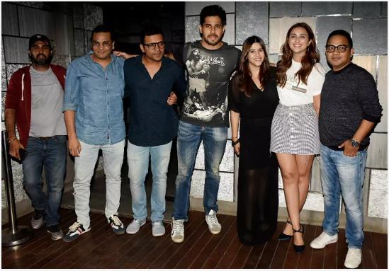 Team Jabariya Jodi at the film's wrap up party