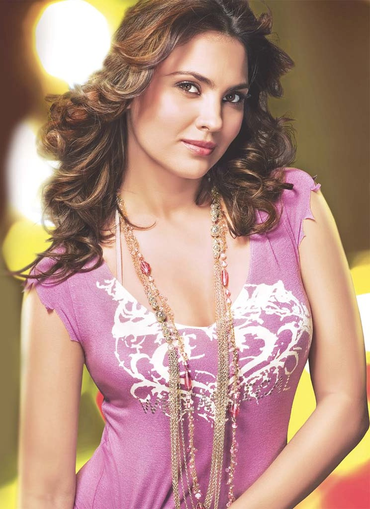 Lara Dutta All Set For Digital Debut